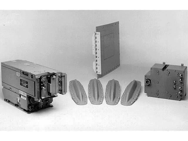 AN/APX-113(V)组合询问机/应答机(CIT),敌我识别系统的组件