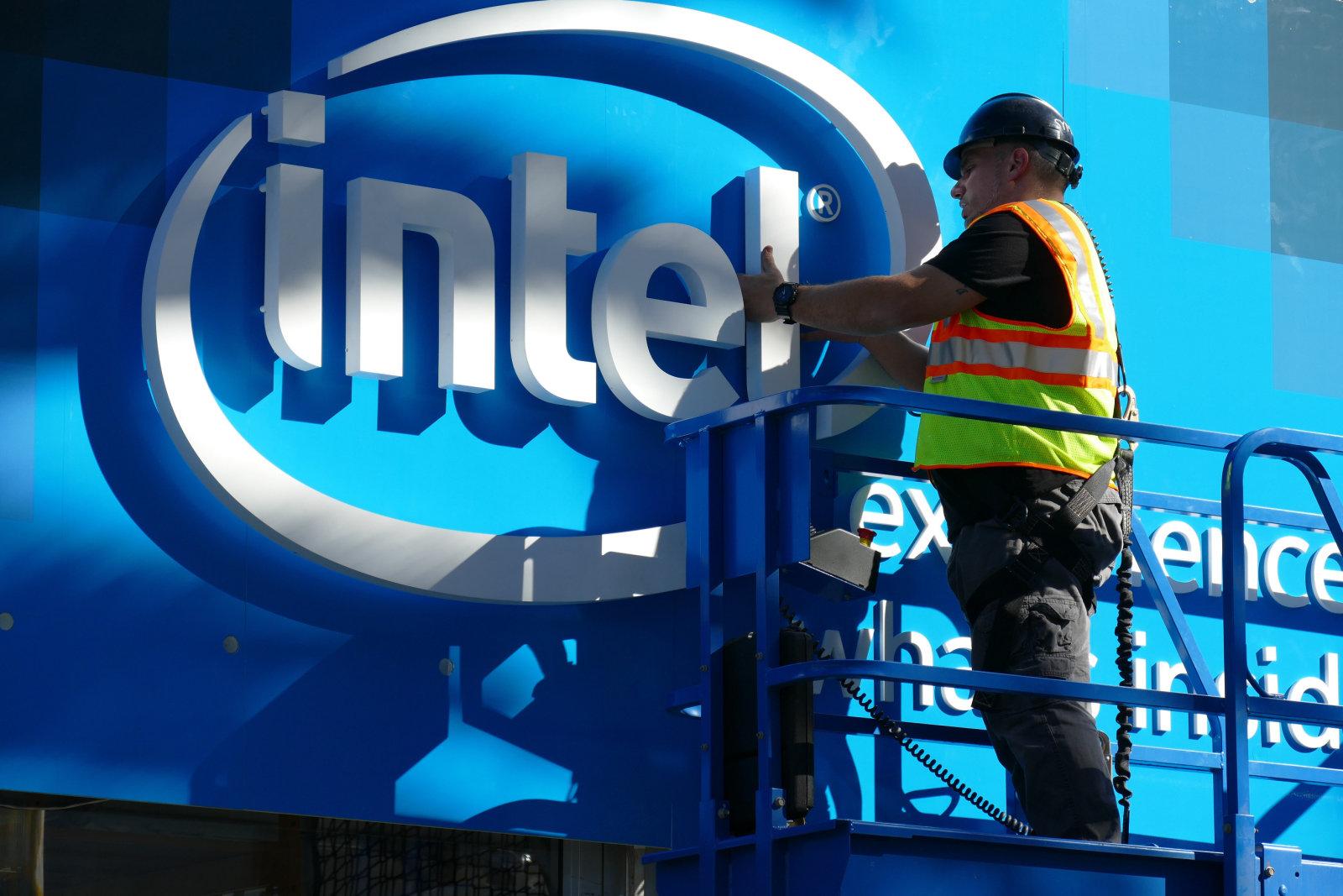 产能危机?Intel将一部分14nm芯片外包给台积电生产