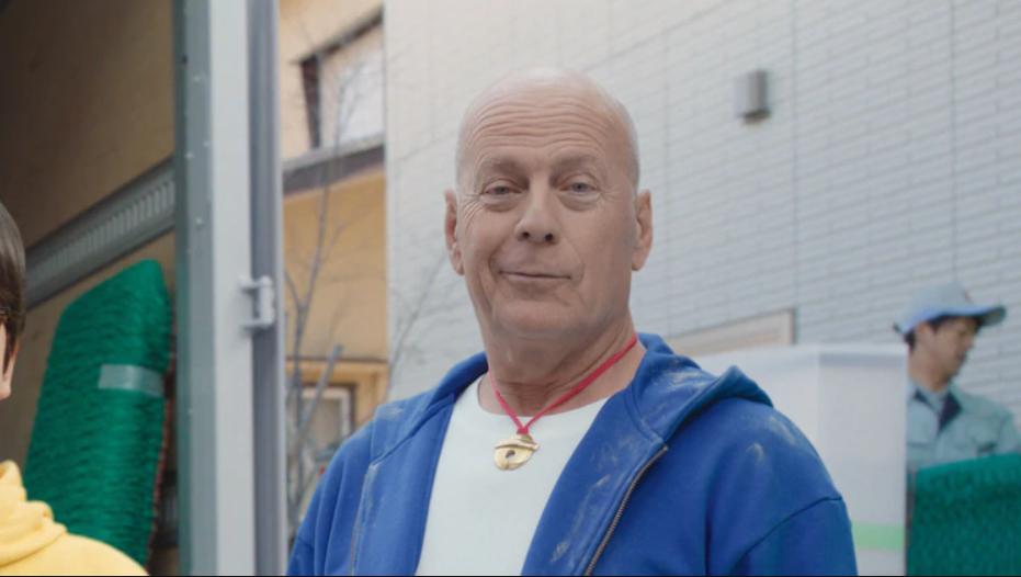 """布鲁斯·威利斯版蓝胖又来了:Softbank""""5G是哆啦A梦""""广告更新"""