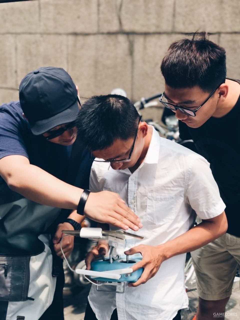 拍摄《守望先锋-竞技之路》纪录片时在上海航拍