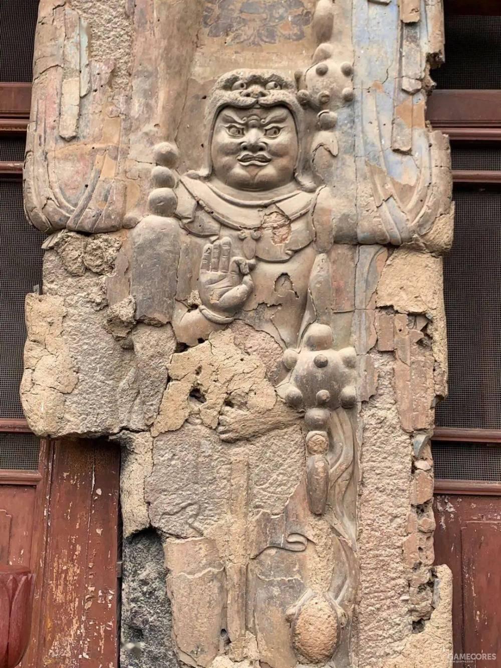 麦积山石窟第4窟  护法天王雕刻  网络图片