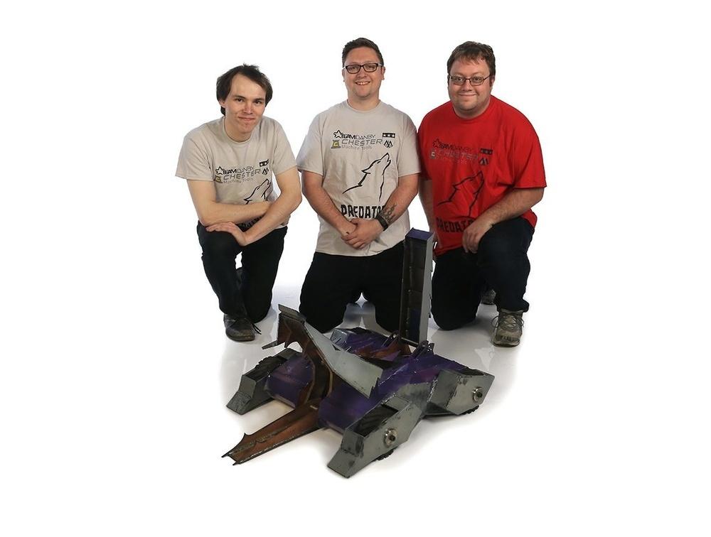 队员(从左到右):Rory Mangles,Craig Danby,Chris Danby