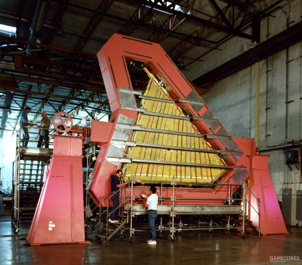 波音负责制造主翼面、后机身。并负责将推进系统整合进YF-22。