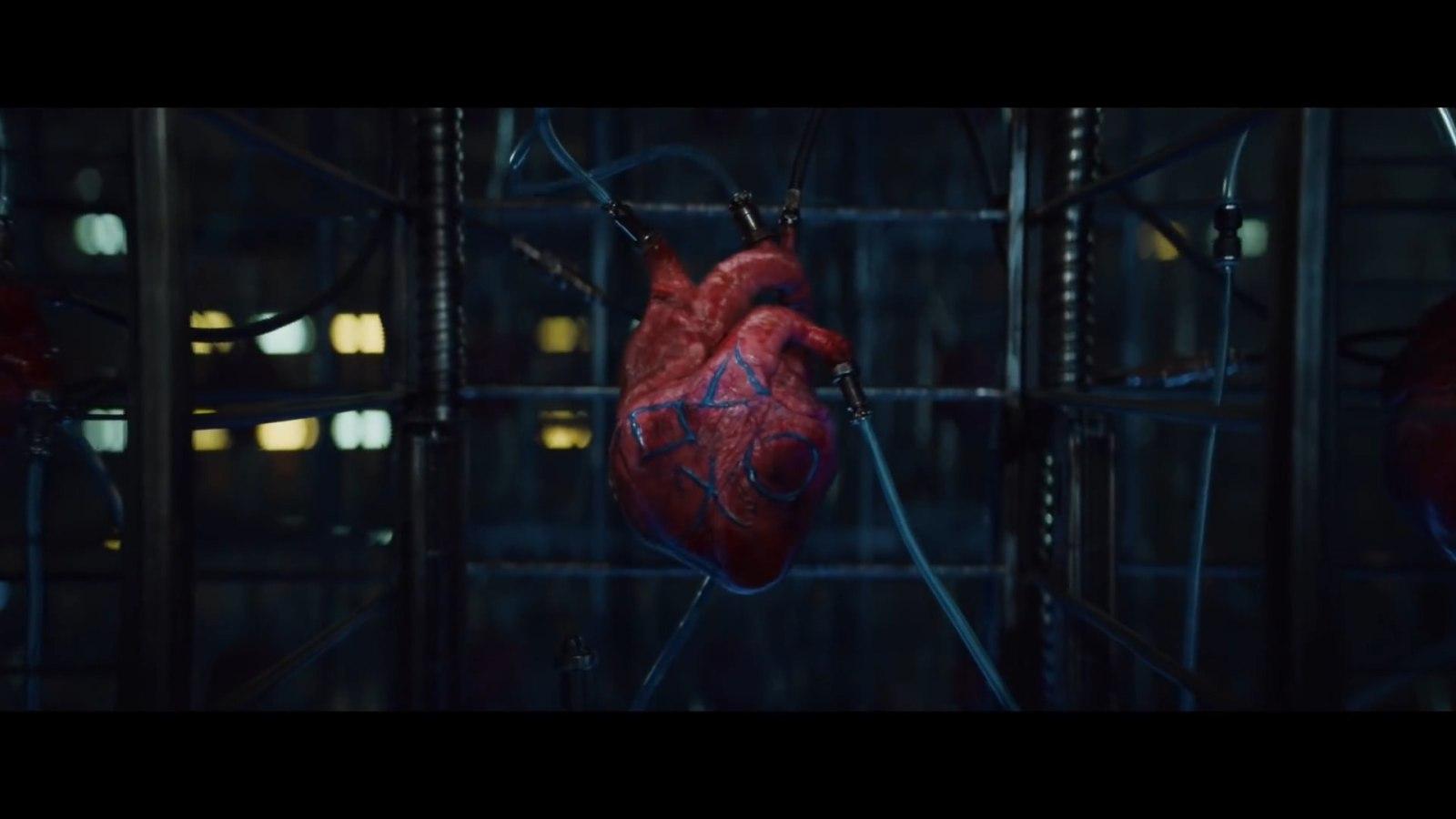 """索尼发布惊悚宣传片:""""感受PS的强劲力量"""""""