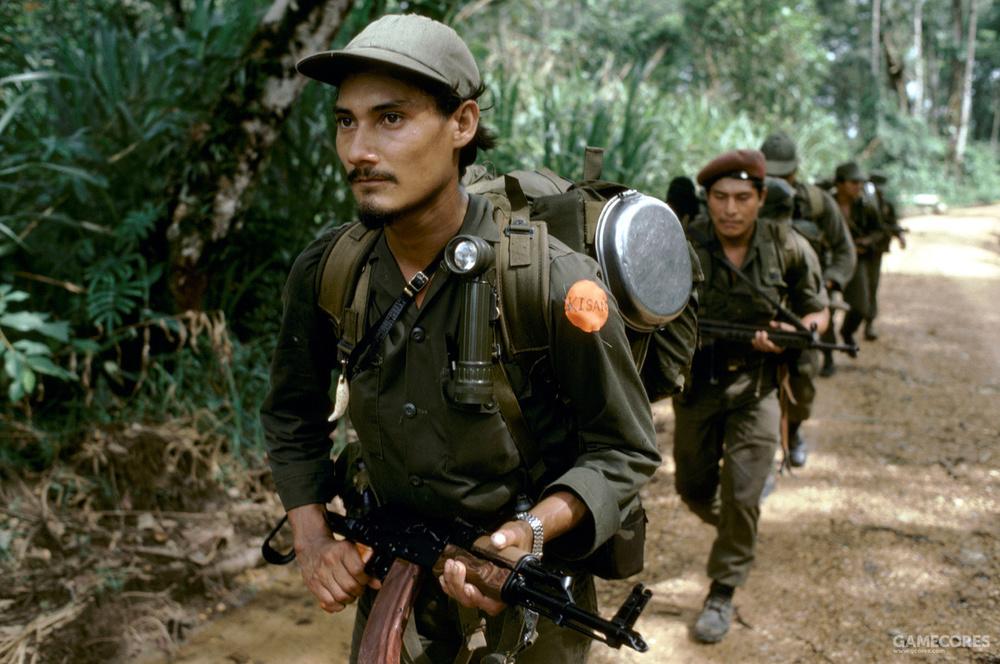 美国资助的尼加拉瓜右翼势力,这些武装人员身穿着美产的ALICE装具和背包