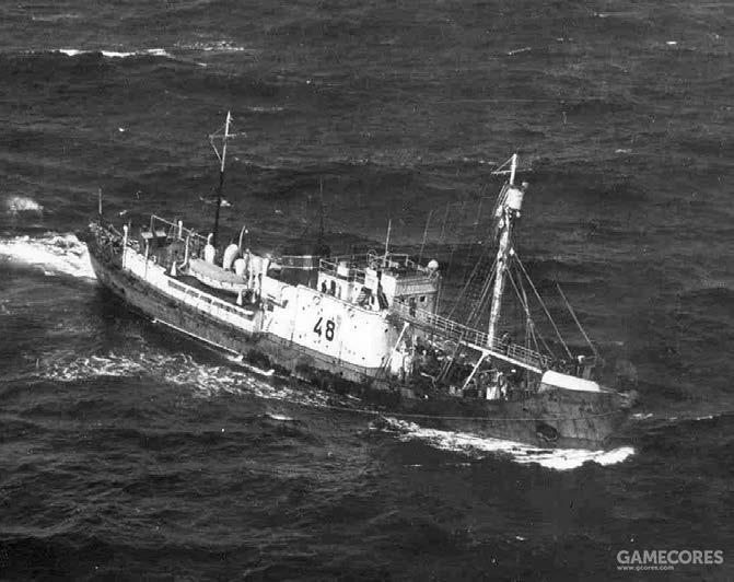 徘徊在白令海峡的苏联捕鲸船