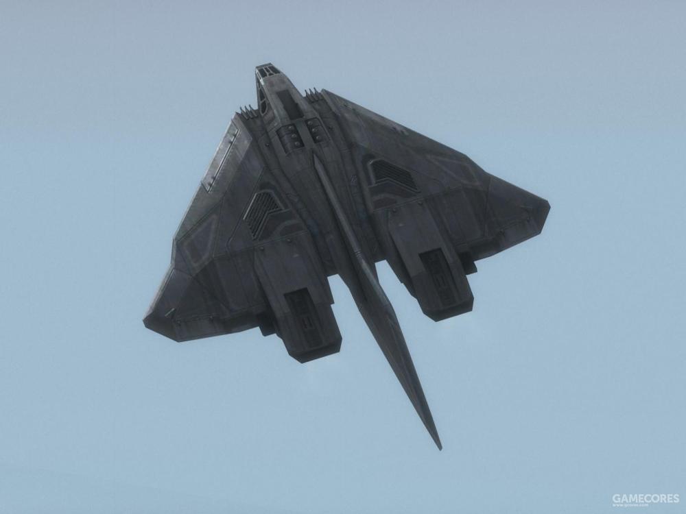 """机身长33米的大气层内版本""""长剑""""级截击机"""