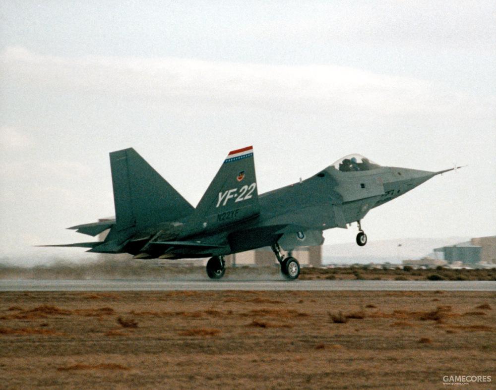 1990年9月29日,搭载两台YF120发动机的YF-22 PAV-1进行了首飞。首飞路径为从洛克希德帕姆代尔工厂飞往爱德华空军基地。值得一提的是,该机垂尾的N22YF编号是为了飞行任务向美国联邦航空管理局申请的民航编号。