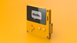 《看火人》发行商 Panic 公布了黑白屏幕定制掌机 PlayDate