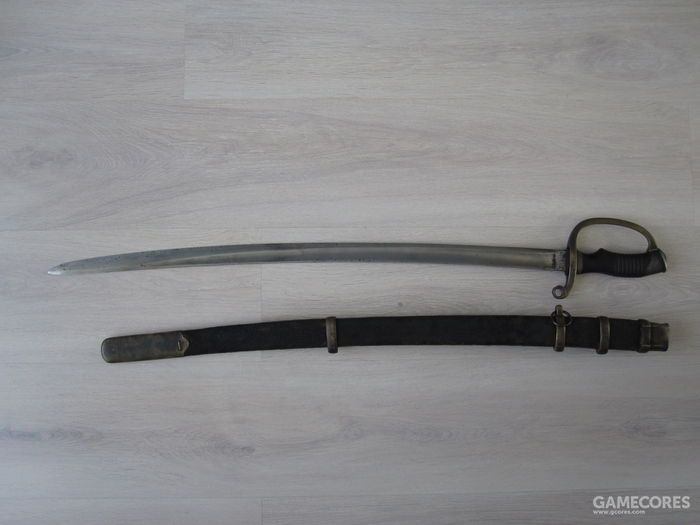 俄罗斯骑兵使用的1881式恰西克军刀,这把配备了简单的护手