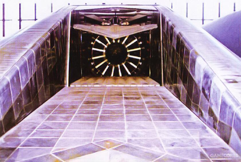 排气槽结构为不锈钢上铺设钛合金冷却瓦形成的结构。
