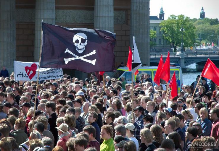 """""""盗版国际""""的支持者上街游行示威,瑞典,2011年"""